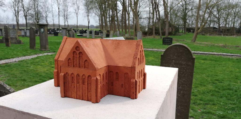 Maquette van de kerk van Garmerwolde